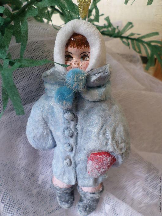 Коллекционные куклы ручной работы. Ярмарка Мастеров - ручная работа. Купить Ватная елочная игрушка.Девочка с яблоком.. Handmade. Комбинированный