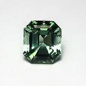 Турмалин зеленый, 11,2х10,0х8,0 мм