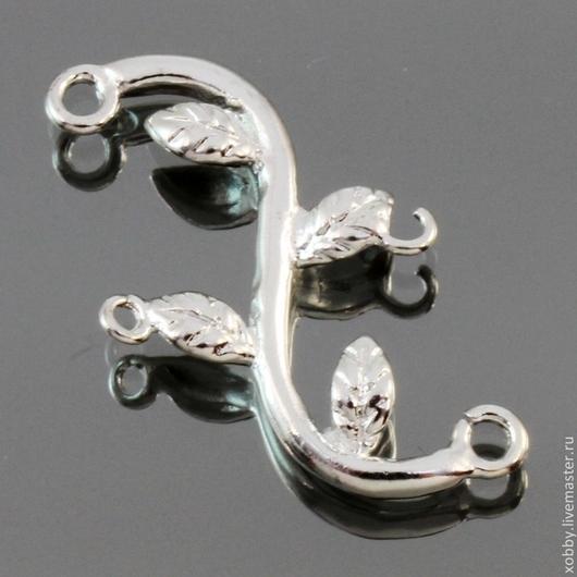 Коннектор-подвеска из латуни Ветка с листьями с покрытием имитирующим светлое серебро для использования в сборке украшений, сережек и колье