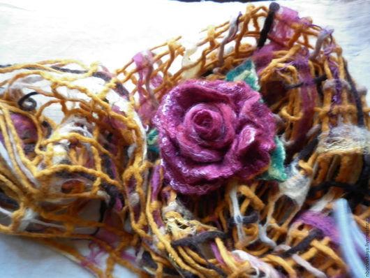 Шарфы и шарфики ручной работы. Ярмарка Мастеров - ручная работа. Купить Шарф-палантин валяный из шерсти Пленительная роза. Handmade.