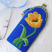 Сумки и аксессуары handmade. Livemaster - original item Eyeglass case beaded Tulip. Eyeglass case beaded.. Handmade.