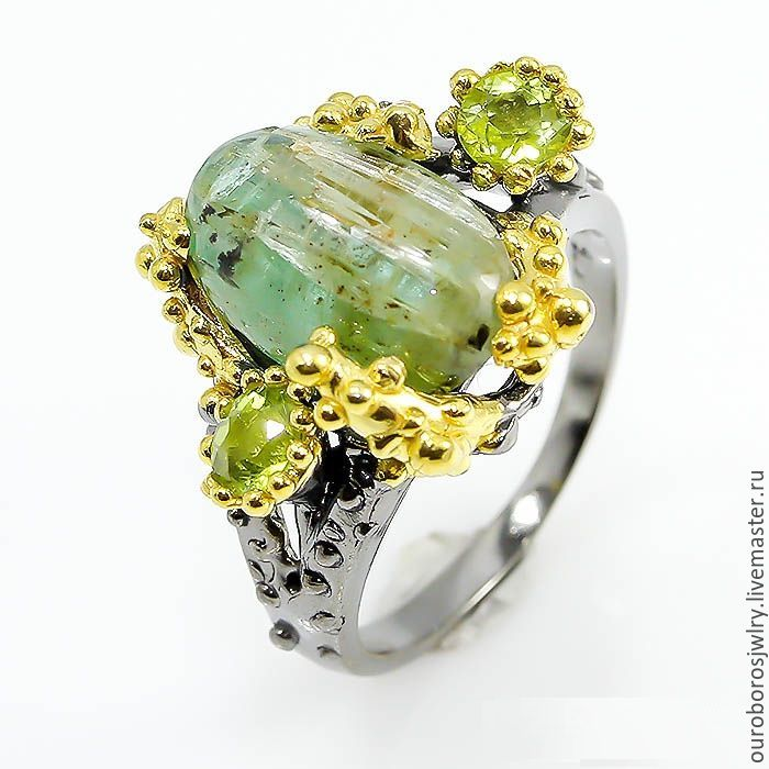 Silver ring with emerald and chrysolite, Rings, Novosibirsk,  Фото №1