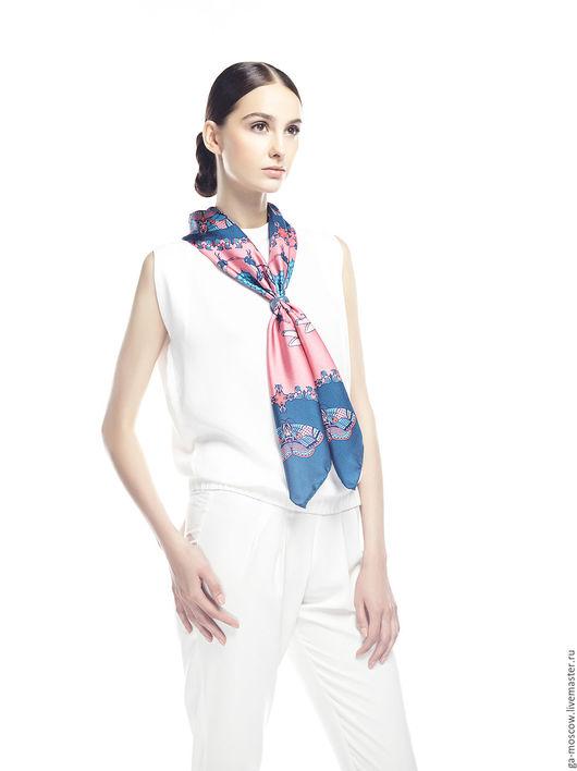 """Шали, палантины ручной работы. Ярмарка Мастеров - ручная работа. Купить Женский платок """"Мотыли"""". Handmade. Комбинированный, шелк натуральный"""