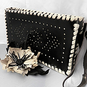 Сумки и аксессуары handmade. Livemaster - original item Clutch bag leather ladies hand brooch