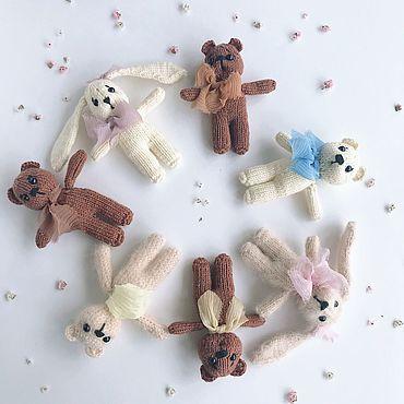 Товары для малышей ручной работы. Ярмарка Мастеров - ручная работа Игрушки для фотосессии. Вязаный мишка и заяц для фотосессии. Handmade.