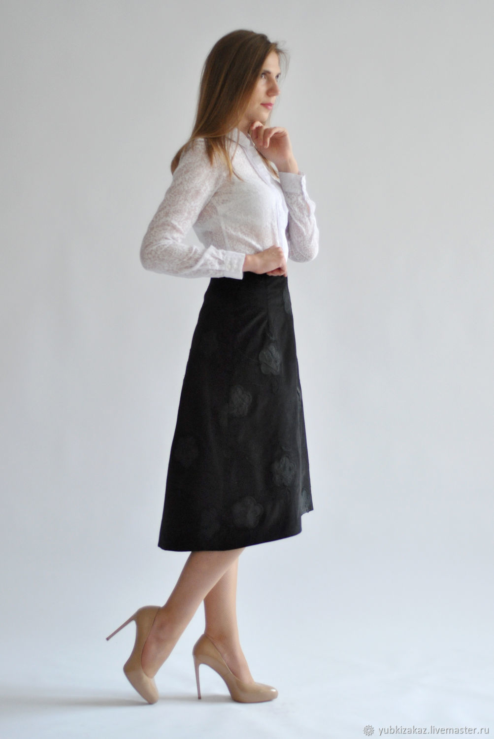 Skirt velvet Black Flowers with a cropped front, Skirts, Novosibirsk,  Фото №1
