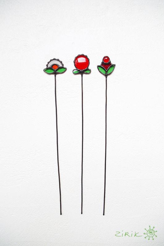 Украшения для цветов ручной работы. Ярмарка Мастеров - ручная работа. Купить Ягоды-цветочки. Украшение в цветочный горшок. Handmade. цветы