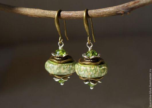 """Серьги ручной работы. Ярмарка Мастеров - ручная работа. Купить """"Жасминовый чай""""  серьги из муранского стекла. Handmade. Зеленый"""