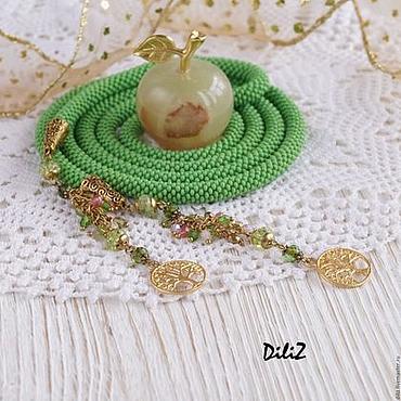 Decorations handmade. Livemaster - original item Green tea bead Lariat