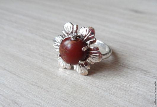 Кольца ручной работы. Ярмарка Мастеров - ручная работа. Купить Серебряное кольцо с натуральной красной яшмой. Handmade. Серебряный