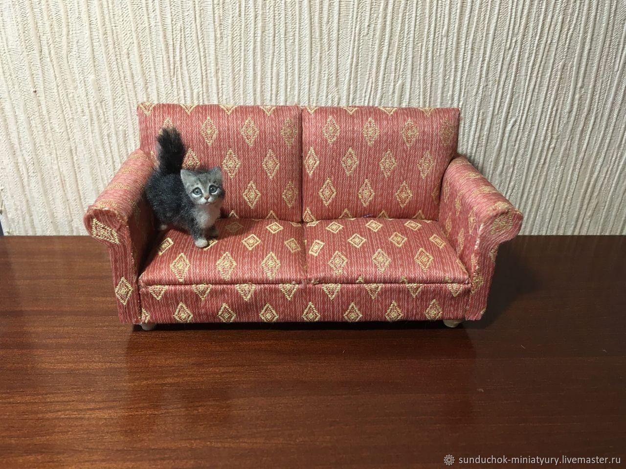 Мебель для кукол: диван, масштаб 1/12, Аксессуары для кукол и игрушек, Новосибирск,  Фото №1