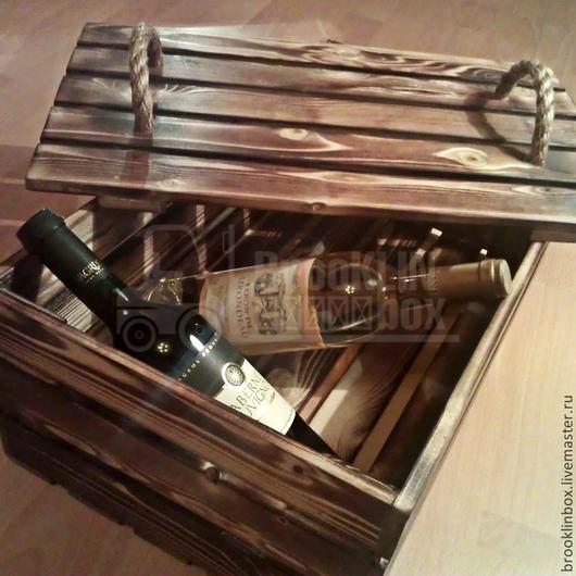 Деревянный ящик также подойдет для хранения различных вещей и предметов.