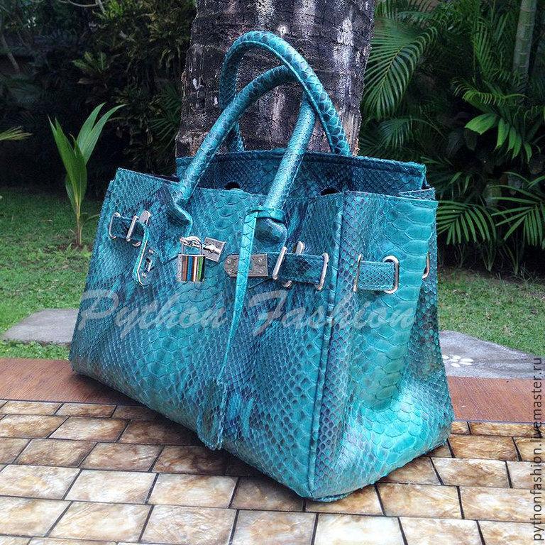 Bag made of Python. Designer bag made of Python skin. Trendy women's tote bag from Python. Bag made of Python handmade Birkin Paris. Pimonova beautiful bag for every day Author leather bag custom