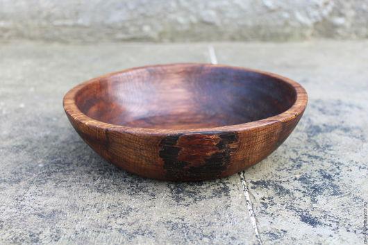 Тарелки ручной работы. Ярмарка Мастеров - ручная работа. Купить Тарелка из дуба красного цвета. (20/4.5). Handmade. Бордовый