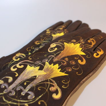 "Accessories handmade. Livemaster - original item Перчатки замшевые коричневые ""Лилия золота"". Handmade."