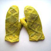 Аксессуары handmade. Livemaster - original item Felted mittens yellow-green merino. Handmade.