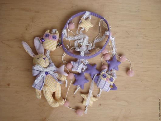 """Развивающие игрушки ручной работы. Ярмарка Мастеров - ручная работа. Купить Мобиль на кроватку для новорожденного+ мягкий кроля """"Лавандовый"""". Handmade."""