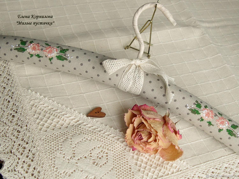 Плечики с вышивкой для любимого платья, Вешалки, Санкт-Петербург, Фото №1