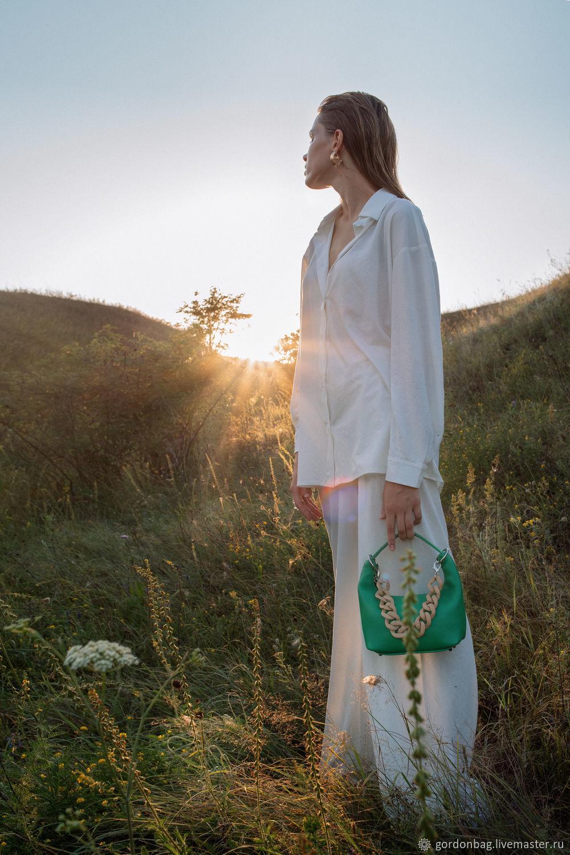 """Кожаная мини-сумка с цепью """"Сола"""", зеленый, арт. 200, Классическая сумка, Тамбов,  Фото №1"""