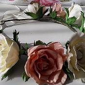 Украшения ручной работы. Ярмарка Мастеров - ручная работа Венок на голову из фоамирана Розы зефирные. Handmade.