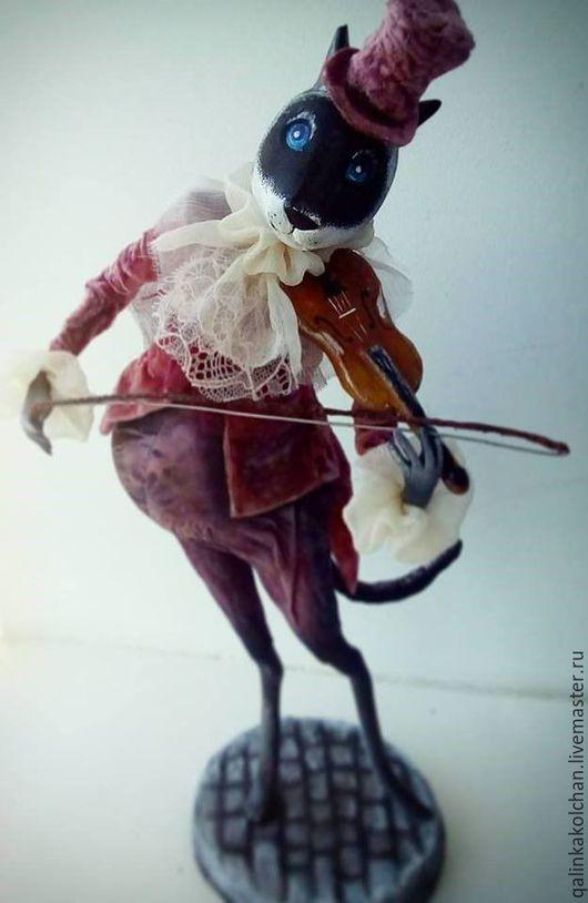 Коллекционные куклы ручной работы. Ярмарка Мастеров - ручная работа. Купить Уличный музыкант .. Handmade. Бордовый, кукла ручной работы