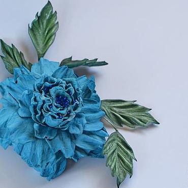 """Украшения ручной работы. Ярмарка Мастеров - ручная работа Цветы из кожи роза-брошь """"Голубая мечта"""". Handmade."""