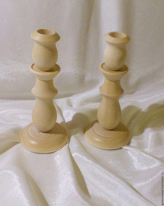 Размеры: диаметр основания 8 см, общая высота 18,5 см. Для свечи с нижним диаметром 2 см.