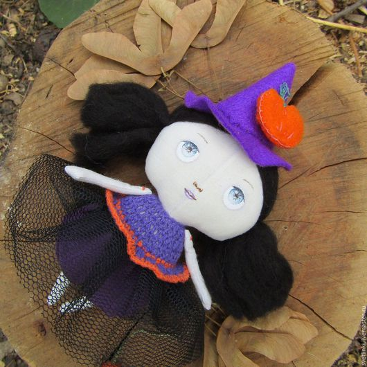 Кукла Тильда маленькая ведьмочка. Подарок на Хэллоуин. Ярмарка мастеров. Светлинки - куклы и игрушки ручной работы.