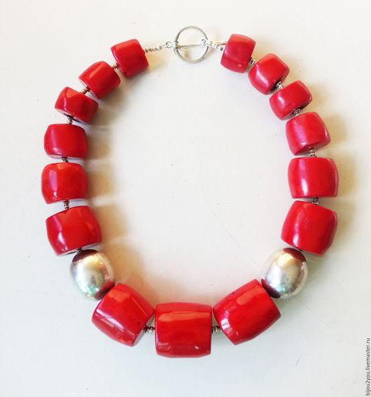Колье, бусы ручной работы. Ярмарка Мастеров - ручная работа. Купить Red коралловые бусы. Handmade. Ярко-красный, коралловый