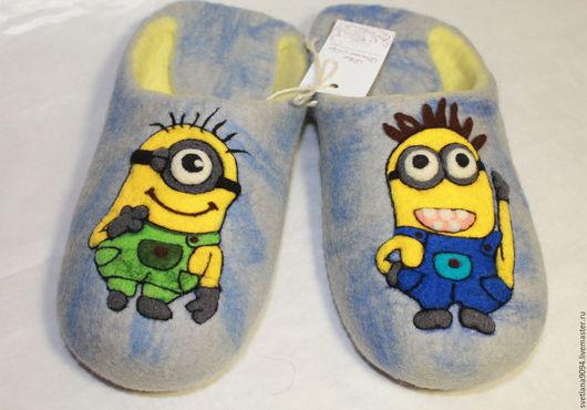 Обувь ручной работы. Ярмарка Мастеров - ручная работа. Купить Тапочки валяные Миньоны. Handmade. Голубой, тапочки валяные, войлок