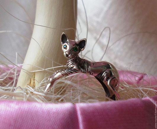 """Кольца ручной работы. Ярмарка Мастеров - ручная работа. Купить Кольцо серебряное """"Кошечка породы Сфинкс"""". Handmade. Чёрно-белый"""