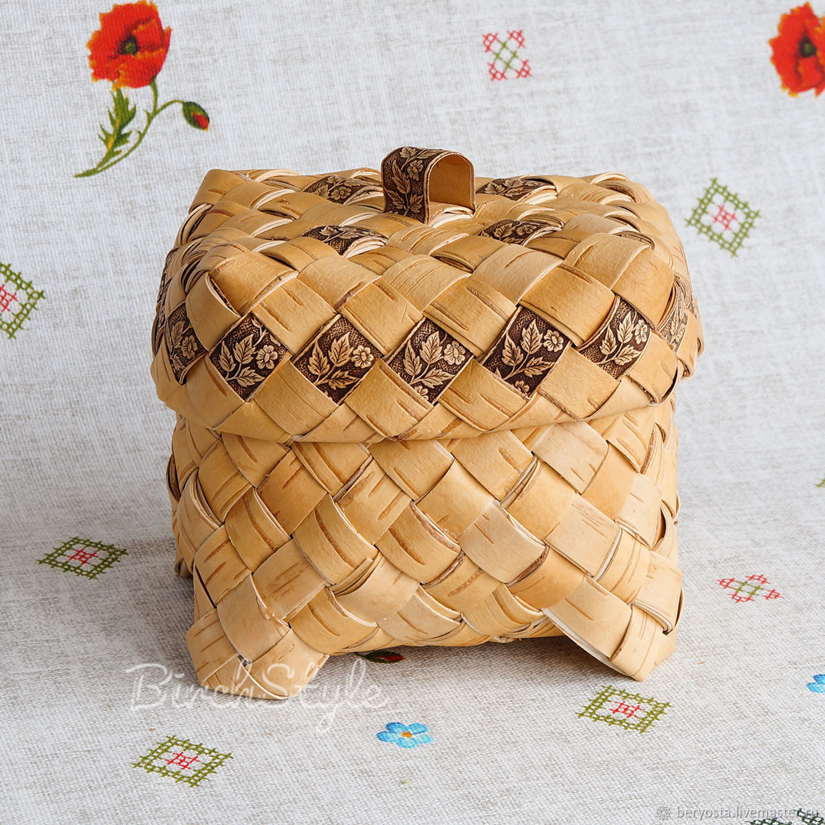 Casket from birch bark braided. Herb storage box, crafts, Storage Box, Novosibirsk,  Фото №1