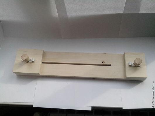 Станок для плетения браслетов из паракорда.