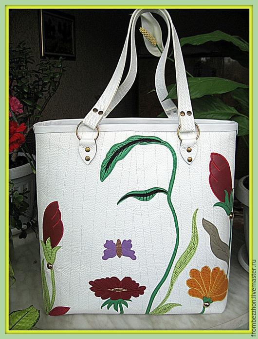"""Женские сумки ручной работы. Ярмарка Мастеров - ручная работа. Купить Кожаная летняя сумка - баул """" Цветочная иллюзия"""". Handmade."""
