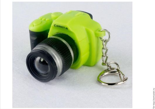 Фотоаппарат для кукол зеленый.  Кукольная миниатюра. Аксессуары для кукол. Фотограф. Купить фотоаппарат для куклы.