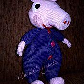 Куклы и игрушки ручной работы. Ярмарка Мастеров - ручная работа Свинка Пеппа вязанная мягкая игрушка,развивающая игрушка. Handmade.