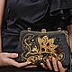 Коллекционная вечерняя сумочка с вышивкой, черная замшевая сумочка с красными кристаллами swarovski и золотой вышивкой канителью, жемчугом и бисером. Сумочка с фермуаром