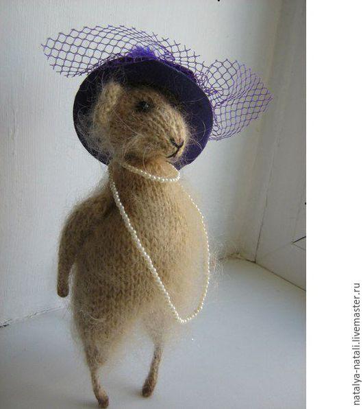 Мышка в шляпке