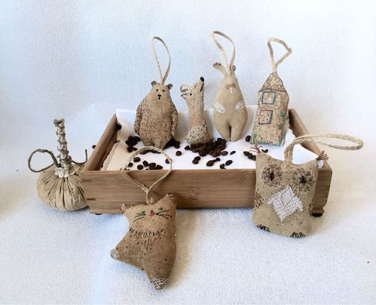 """Брелоки ручной работы. Ярмарка Мастеров - ручная работа. Купить """"Кофейный аромат"""", брелок для сумок, ключей. Handmade. Кофе, девочке"""