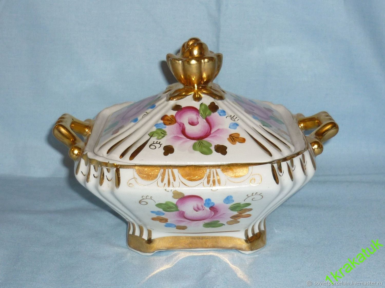 Vintage Kitchenware. Livemaster - handmade. Buy SUGAR bowl or CANDY dish WITH LID, old GZHEL, hand-painted!.
