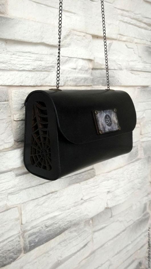 """Женские сумки ручной работы. Ярмарка Мастеров - ручная работа. Купить Сумка Wood and Leather exclsv """"Gothic trapezium""""-s. Handmade."""