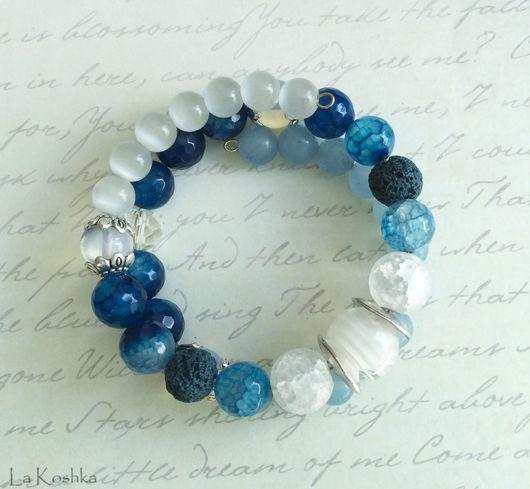 браслет мемори, браслет синий голубой белый,   браслет в два ряда, браслет в стиле бохо, браслет в два оборота, браслет яркий стильный, бохо украшение агат лава, стильный многорядный браслет