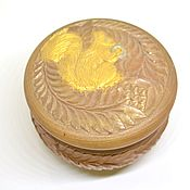 Для дома и интерьера handmade. Livemaster - original item Round box made of wood with a squirrel. Handmade.
