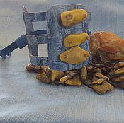 Украшения ручной работы. Ярмарка Мастеров - ручная работа Браслет. Голубая натуральная кожа и белый янтарь.. Handmade.