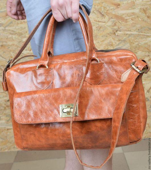 Мужские сумки ручной работы. Ярмарка Мастеров - ручная работа. Купить Мужская кожаная сумка-портфель. Handmade. Кожаная сумка