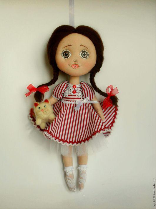 Коллекционные куклы ручной работы. Ярмарка Мастеров - ручная работа. Купить Авторская кукла Любаша.. Handmade. Ярко-красный, для дома
