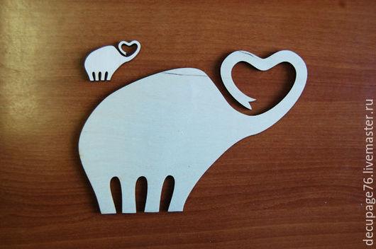 Слоны (в наборе 2 штуки) Размеры: 22х15 см, 4х3 см Материал: фанера 3 мм