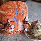 """Посуда ручной работы. Ярмарка Мастеров - ручная работа Валяная грелочка на чайник """"Котик Рыжик"""". Handmade."""