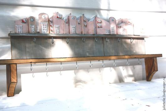 Мебель ручной работы. Ярмарка Мастеров - ручная работа. Купить Полочка для украшений. Handmade. Бледно-розовый, полка для украшений, город
