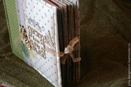 Фотоальбомы ручной работы. Ярмарка Мастеров - ручная работа. Купить Семейный альбом. Handmade. Разноцветный, семейный фотоальбом, подарок женщине